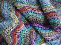 Old shale perfection. My absolute favorite knitting pattern.