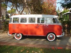 1960 VW Bus 15 window deluxe