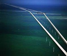 Me+Bridges=Scared$hitle$$ but love the rush!  World's Scariest Bridges, Seven Mile Bridge, Key West, Florida, USA