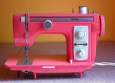 i love this machine. it always works well--even though my machine sewing skills are practically nonexistent. Techniques Couture, Sewing Techniques, Antique Sewing Machines, Vintage Sewing Patterns, Sewing Hacks, Sewing Tutorials, Tutorial Sewing, Sewing Tips, Sewing Ideas