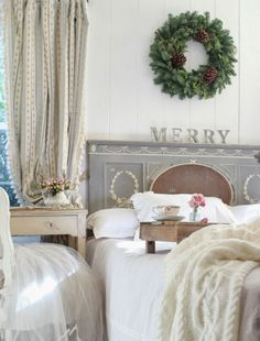 nice 47 Wreath Over Bed for Bedroom Christmas Decoration