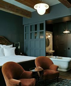 Soho House is in a league of it's own when it comes to offering guests a truly unique New York experience. http://www.vhiphotels.co.uk