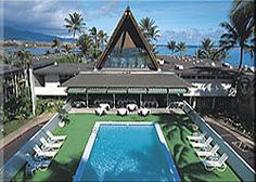Casual Polynesian Style Hotel Best Suited For Business Travelers Or Those On A Budget