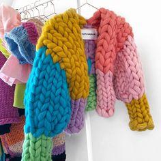Crochet Block One Week CAL Afghan Blanket Free Crochet Pattern, … ideas for beginners blanket Arm Knitting, Knitting Socks, Kawaii Clothes, Diy Clothes, Knitting Patterns, Crochet Patterns, Knitting Ideas, Crochet Blocks, Knit Jacket