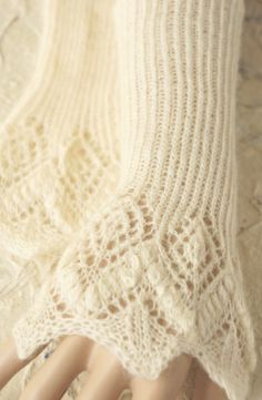 Knitted lace cuffs - tettidesign