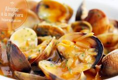 clams fisherman's style - almejas a la marinera Spanish Cuisine, Spanish Tapas, Spanish Food, Spanish Recipes, Pescado Recipe, Paella, Latin Food, Slow Food, Perfect Food