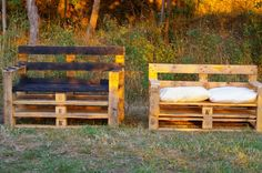 pallet benches Same idea as Don't need to be high backed, just average couch back height. Palette Bench, Palette Diy, Yard Furniture, Pallet Furniture, Outdoor Furniture Sets, Recycled Pallets, Wooden Pallets, Pallet Benches, Pallet Couch