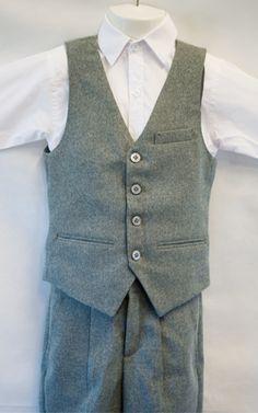 Light Grey Boys Suit #boyssuit #vestsuit #kidsuit #boysvestsuit #kidsvestsuit #lightgreysuit #lightgreyboyssuit #boysvintagesuit #boysretrosuit