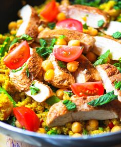 {Easy} Chicken & Couscous Skillet
