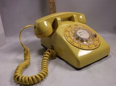 Telephone Retro 1970 s Yellow /Gold Bell Rotary Dial Phone Untested.epsteam