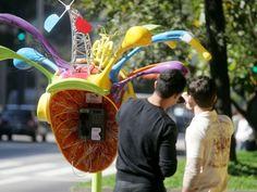 Vivo apresenta a Call Parade; artistas puderam mostrar seus trabalhos em 100 orelhões deSP