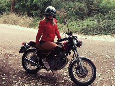 ildragocom:Born to be Wild #motorcyclesgirls #chicasmoteras | caferacerpasion.com