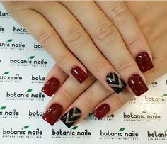Uñas Vino tinto y negro Great Nails, Perfect Nails, Fun Nails, Wide Nails, Botanic Nails, Striped Nails, Nail Treatment, Fall Nail Designs, Square Nails