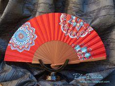 @todo color: Mandalas, turquesa sobre rojo Vintage Fans, Textiles, Hand Fan, Ideas Para, Tumblr, Paper, Pretty, Hand Fans, Painted Fan