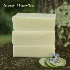 Cucumber Borage cold process soap recipe is made from fresh cucumber & French green clay, making it perfect for taming irritated or itchy skin. Soap Making Recipes, Homemade Soap Recipes, Homemade Products, Homemade Bar, Homemade Candles, Bath Products, Diy Candles, Homemade Gifts, Lotion Bars