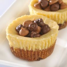 Peanut Butter & Chocolate Chip Cheesecake Cookie Cups - YES PLEASE!!!!!!!!!!!!!!!!