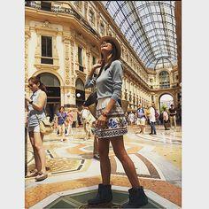 Yasemin Özilhan'in (@yaseminozilhan) Instagram fotoğraflarını ve videolarını gör Celebrity Style, Louvre, Street Style, My Style, Celebrities, Womens Fashion, Instagram Posts, How To Wear, Clothes