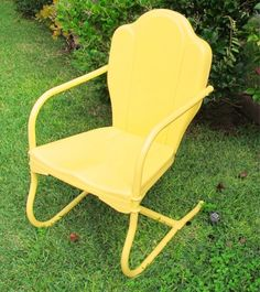 Original Yellow Metal Vintage Motel Style Retro Lawn Yard Patio Chair