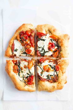 Sharing homemade pizza recipes that will win your family right over Homemade pizza recipe The best homemade pizza Happily Inspired Healthy Homemade Pizza, Healthy Pizza Recipes, Cooking Recipes, Pizza Recipe Easy, Homemade Pizza Recipe, Caprese Pizza, Good Pizza, Pizza Pizza, Special Recipes