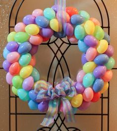 12 Adorable Spring Easter Wreaths-Hot glue plastic eggs to a styrofoam base. Makes this super cute wreath Easter Wreaths, Holiday Wreaths, Holiday Crafts, Holiday Fun, Festive, Easter Projects, Easter Crafts, Easter Ideas, Easter Gift