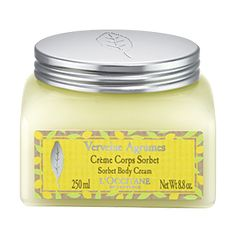 Enriched with moisturizing lemon extract, this truly indulgent body cream both softens, revives and perfumes the skin with the refreshing scent of ci