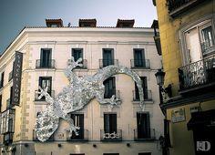 Un mito urbano Explore, Mansions, House Styles, Photos, Decor, Urban, Pictures, Decoration, Manor Houses