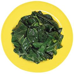 Spinach is an often underestimated vegetable that packs a lot of taste and is very versatile. Added to pasta dishes, it gives bulk, flavor, and some variety. Used in salads, spinach is the perfect alternative to spice up your normal lettuce salad. Spinach Pinwheel Recipe, Spinach Recipes, Healthy Recipes, Fun Recipes, Steamed Spinach, Clean Eating, Healthy Eating, Healthy Food, Eating Clean