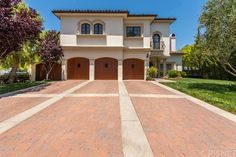 Single Family Property For Sale with 5 Beds & 7 Baths in Los Angeles, CA (91356)