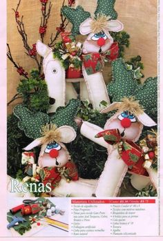 more felt reindeer Christmas Holidays, Christmas Wreaths, Christmas Ornaments, Sewing Patterns Free, Free Pattern, Softie Pattern, Clay Ornaments, Sewing Dolls, Xmas Crafts
