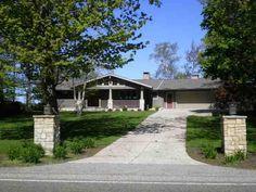 a house on lake michigan