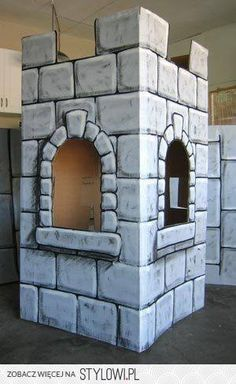 Mighty Fortress VBS 2017 DIY castle out of cardboard idea Cardboard Castle, Cardboard Crafts, Painting Cardboard, Cardboard Sculpture, Medieval Party, Medieval Crafts, Knight Party, Vacation Bible School, Brick Patterns