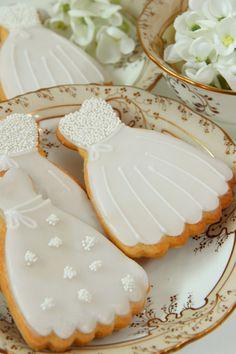 Sweetness: Beautiful Wedding Cookies