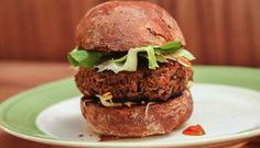 Burger | Comuna | Rio de Janeiro - This one is suuuuper delicious, gotta try #burger #food