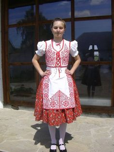 Folk Costume, Costumes, Hungarian Embroidery, Folk Art, Lace Skirt, Culture, Summer Dresses, Skirts, How To Wear
