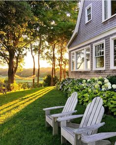 This gorgeous Cape Cod Yard belongs to my friend Sandra from Old Silver Shed. the view from her yard are incredible!