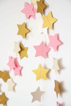 Paper garland star garland wedding garland holidays decor holidays garland decor for home nursery decor nursery garland pink gold #Pink #Wedding #PinkWedding #Paper