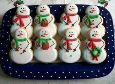 #Cookies #ChristmasCookies #snowmen