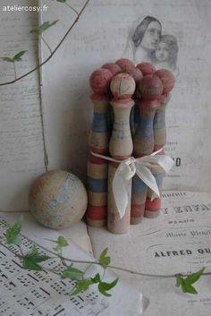 Ancien jouet d'enfant , lot de quilles Brocante de charme atelier cosy.fr