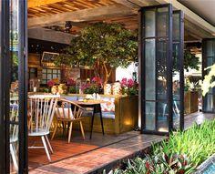 Tropical Resort Restaurant Lemongrass by Einstein & Associates