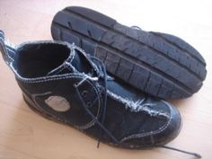 Old jeans and tires = New shoes Denim Shoes, Shoes With Jeans, Leather Shoes, Diy Jeans, Recycle Jeans, Buy Shoes, Me Too Shoes, Homemade Shoes, Recycled Shoes