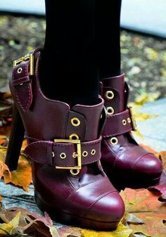 Fancy - Alexander McQueen Buckled Oxford Bootie--Love the purple and the buckle. Bootie Boots, Shoe Boots, Shoe Bag, Ankle Boots, Shoes Heels, Cute Shoes, Me Too Shoes, Unique Shoes, Pretty Shoes