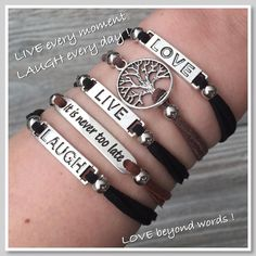 ♡ LIVE every moment ...LAUGH every day...LOVE beyond words...♡ Mix en match je eigen liefdesarmbandjes ! Je shopt deze armbandjes al vanaf € 4,45 in onze webshop! www.armbandonlinekopen.nl
