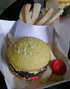 Hamburger Cupcakes and Sugar Cookie Fries. | Jo and Sue