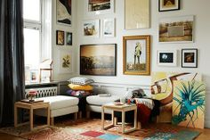 Living corner with wall of frames