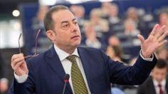 Πιτέλα: Ανακούφιση για τη Γαλλία και την Ευρώπη η νίκη του Μακρόν   Την καθαρή νίκη του Εμανουέλ Μακρόν στις προεδρικές εκλογές της Γαλλίας χαιρέτισε ο ηγέτης των Ευρωπαίων Σοσιαλιστών και Δημοκρατών Τζιάνι Πιτέλα... from ΡΟΗ ΕΙΔΗΣΕΩΝ enikos.gr http://ift.tt/2pb65z5 ΡΟΗ ΕΙΔΗΣΕΩΝ enikos.gr