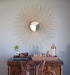 DIY sunburst mirror! This one is so easy and budget friendly but man does it look expensive!