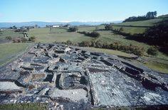 Un equipo arqueológico está realizando trabajos de conservación en este antiguo castro situado al oeste de Asturias, que se remonta a finales de la Edad del Bronce
