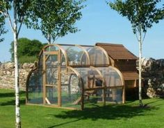 Chicken Coop/ Fearnley - framebow.co.some people would live in this Chicken coup
