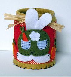 Porta Lápis com Latinha de Molho de Tomate