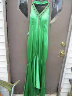 vtg PRECIOUS FORMALS kelly green sequin by Linsvintageboutique